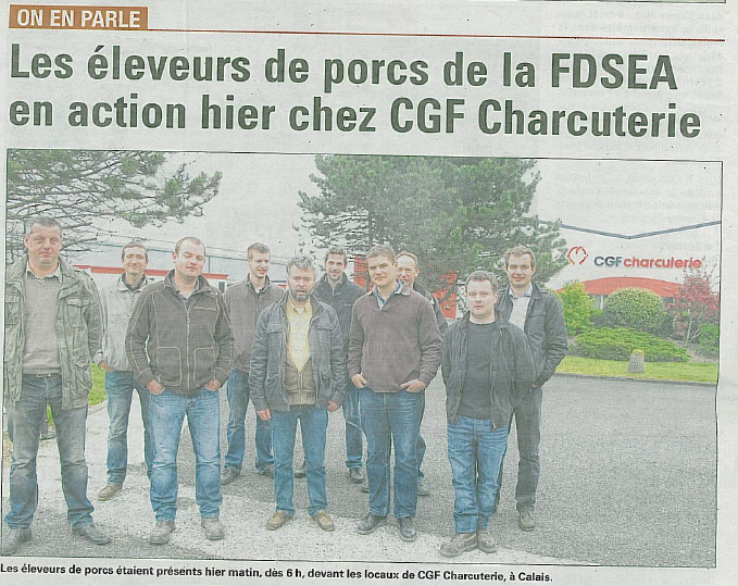 Les leveurs de porcs de la FDSEA en action hier chez CGF Charcuterie